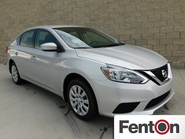 2018 Nissan Sentra S Lee's Summit MO