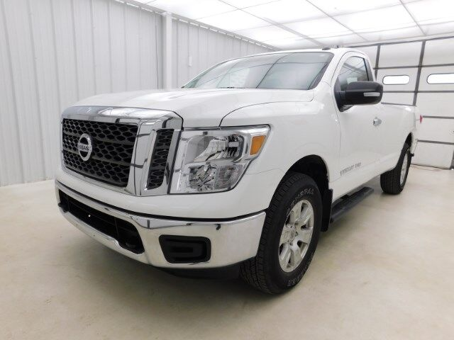 2018 Nissan Titan 4x4 Single Cab SV Manhattan KS