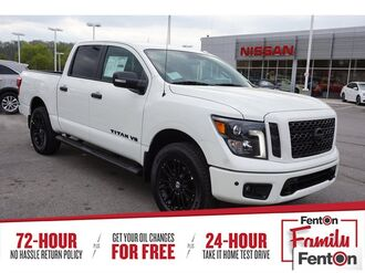 2018_Nissan_Titan_SL Midnight Edition_ Knoxville TN