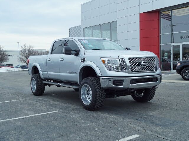 2018 Nissan Titan XD SV Lee's Summit MO