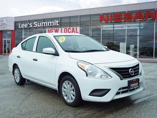 2018 Nissan Versa 1.6 S Plus Lee's Summit MO
