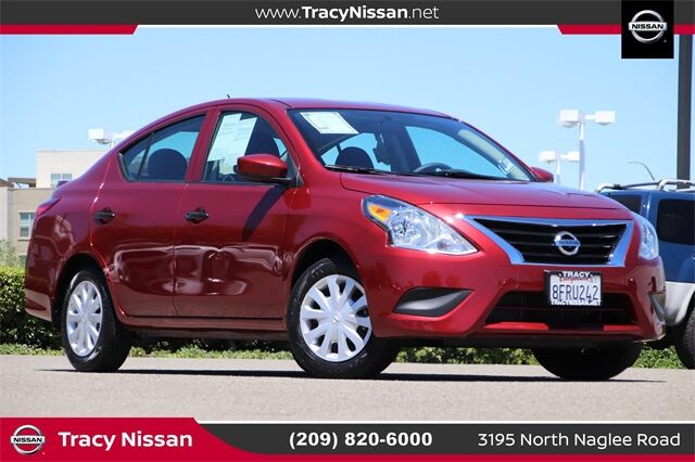 2018 Nissan Versa 1.6 S Plus Tracy CA