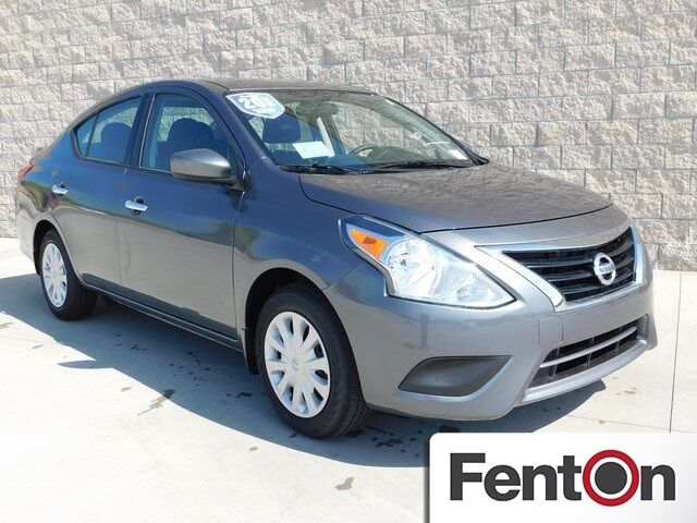 2018 Nissan Versa 1.6 SV Lee's Summit MO
