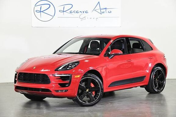 2018_Porsche_Macan_GTS Sport Seats PDLS 21 Whl Pkg_ The Colony TX