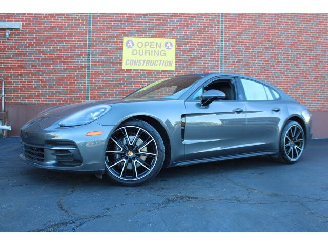 2018 Porsche Panamera Base Merriam KS