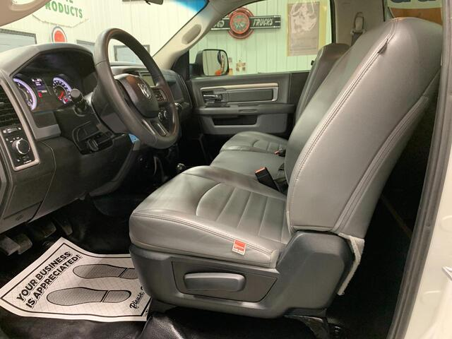 2018 RAM 3500 REGULAR CAB 4X4 TRADESMAN 6 SPEED MANUAL TRANSMISSION Bridgeport WV