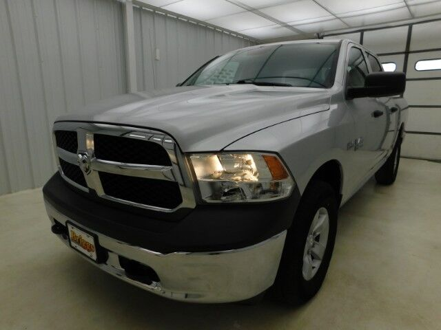 2018 Ram 1500 Tradesman 4x4 Crew Cab 5'7 Box Manhattan KS