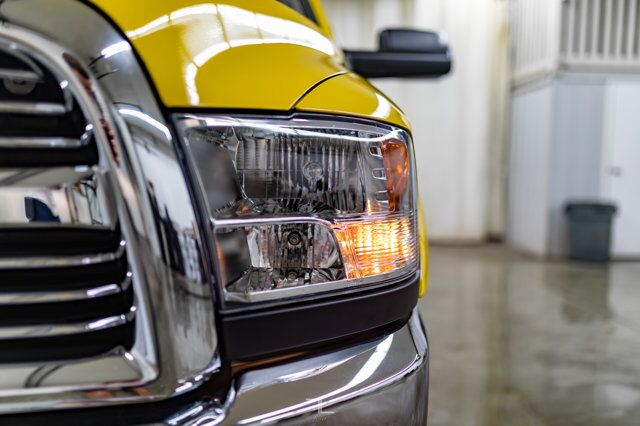 2018 Ram 3500 4x4 Crew Cab SLT Diesel Roof BCam Red Deer AB