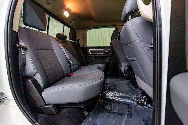 2018 Ram 3500 4x4 Crew Cab SLT Dually Diesel BCam Red Deer AB