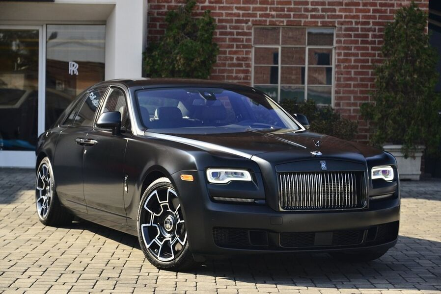 2018_Rolls-Royce_Ghost Black Badge__ Beverly Hills CA