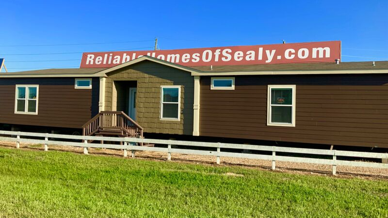 2018 Schult Tyler (Furniture Included) 2,240 SQFT Sealy TX