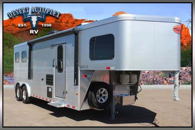 2018 Sundowner Santa Fe 8009 Horse Trailer with Living Quarters Mesa AZ