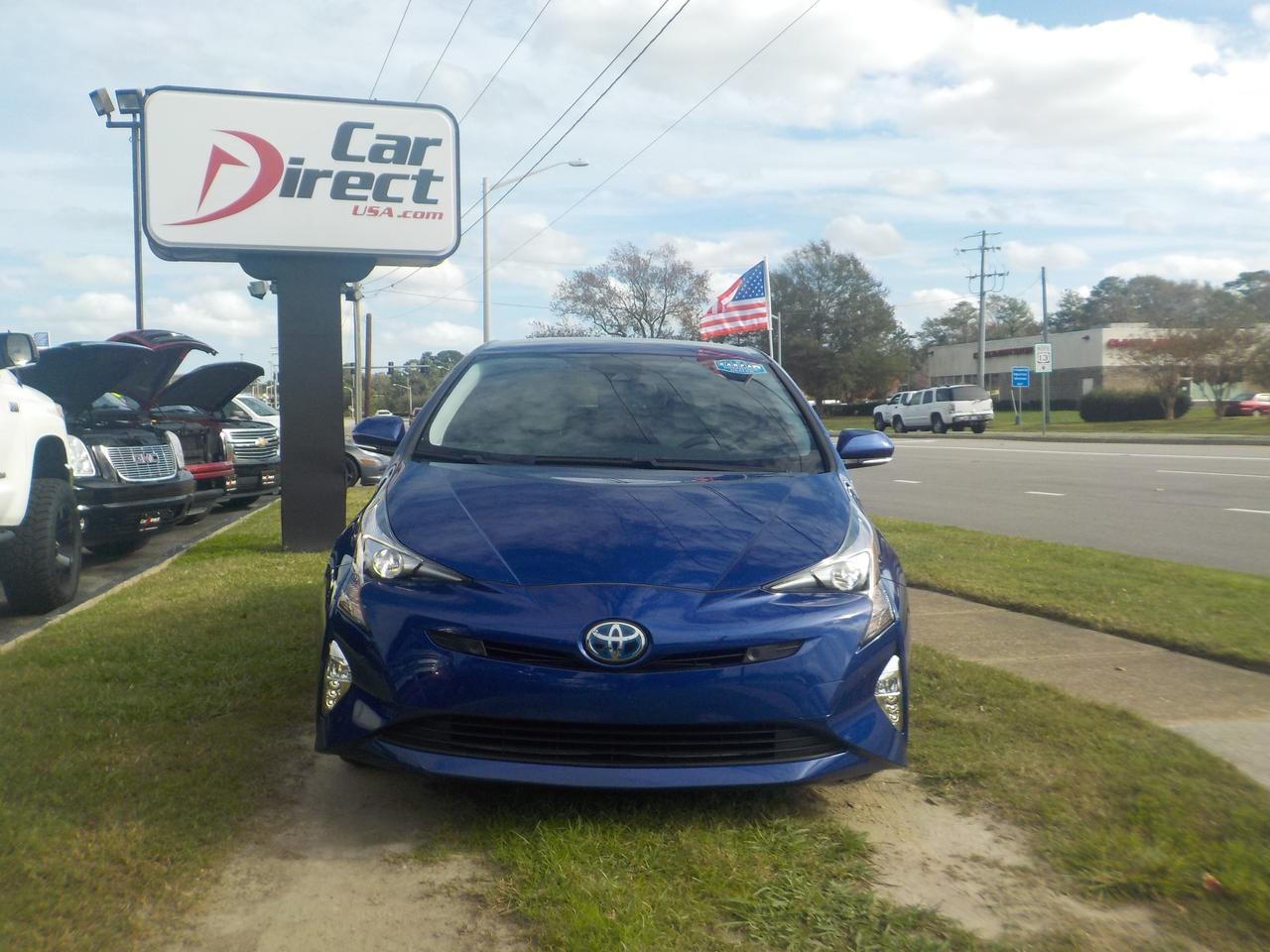 2018 TOYOTA PRIUS THREE HATCHBACK, ONE OWNER, BLUETOOTH, BACKUP CAM, KEYLESS START, NAVIGATION, ONLY 31K MILES! Virginia Beach VA