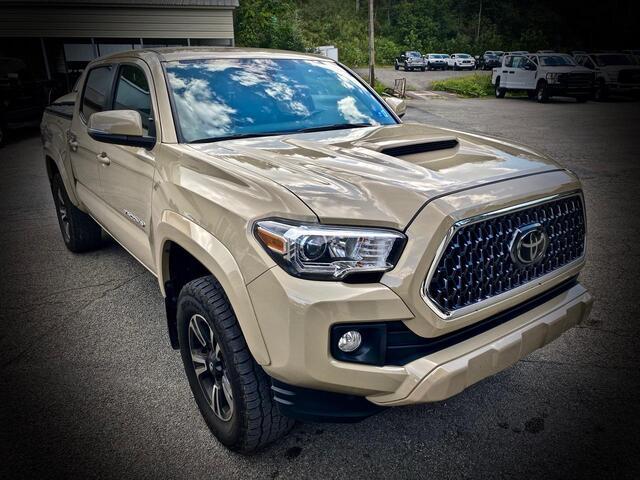 2018_TOYOTA_TACOMA DOUBLE CAB 4X4_TRD SPORT_ Bridgeport WV