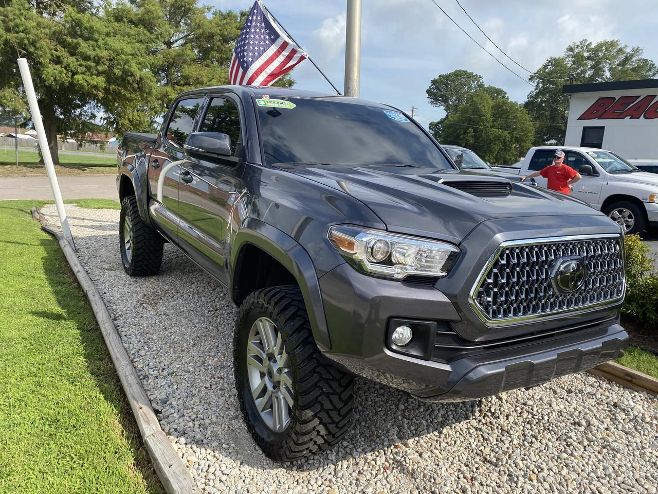 2018 TOYOTA TACOMA TRD SPORT DOUBLE CAB 4X4, WARRANTY, LIFTED, NAV, KEYLESS START, BLUETOOTH, LOW MILES, CLEAN CARFAX! Norfolk VA