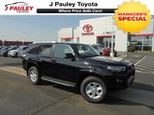 2018_Toyota_4Runner_SR5 Premium Leather Moonroof 3rd Row!_ Fort Smith AR