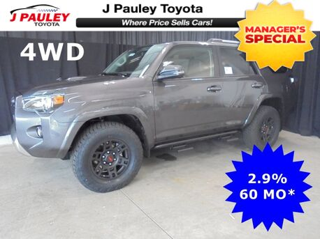 2018_Toyota_4Runner_TRD Off Road Premium Model Year Closeout!_ Fort Smith AR