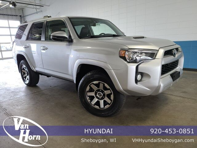 2018 Toyota 4Runner TRD Off-Road Premium Plymouth WI