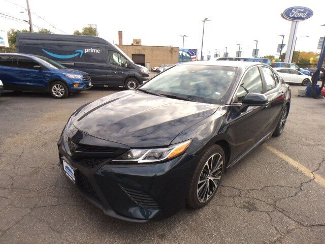 2018 Toyota Camry  Chicago IL