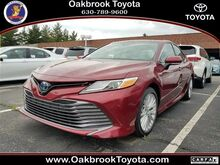 2018_Toyota_Camry Hybrid_XLE_ Westmont IL