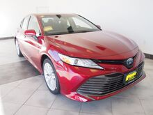 2018_Toyota_Camry Hybrid_XLE_ Epping NH