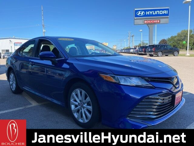 2018 Toyota Camry LE Janesville WI