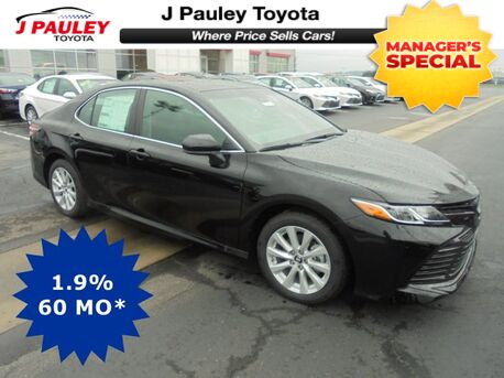 2018_Toyota_Camry_LE Model Year Closeout!_ Fort Smith AR