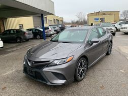 2018_Toyota_Camry_SE_ Cleveland OH