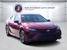 2018_Toyota_Camry_SE_ Fort Wayne IN
