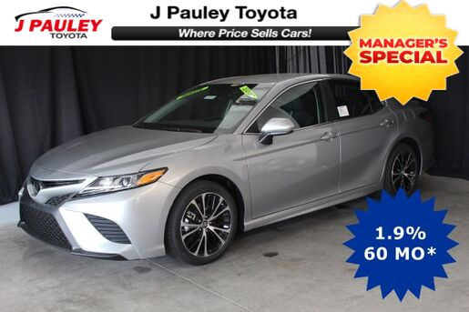 2018_Toyota_Camry_SE Model Year Closeout!_ Fort Smith AR