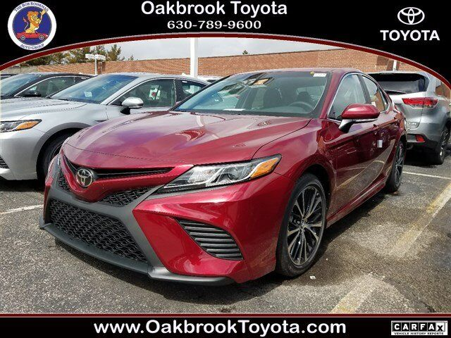 2018 toyota camry se westmont il 23488047. Black Bedroom Furniture Sets. Home Design Ideas