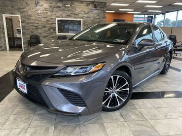 2018_Toyota_Camry_SE_ Worcester MA