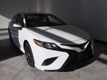 2018_Toyota_Camry_SE_ Epping NH