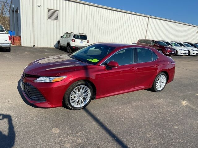 2018 Toyota Camry XLE Arcadia WI