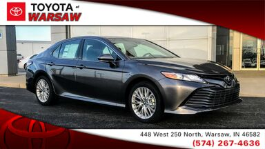 2018_Toyota_Camry_XLE_ Warsaw IN