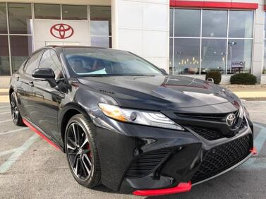 2018_Toyota_Camry_XSE Auto_ Muncie IN