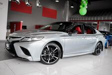 2018 Toyota Camry XSE Panoramic Roof 1 Owner