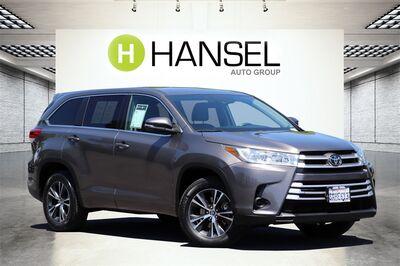 2018_Toyota_Highlander_LE_ Santa Rosa CA