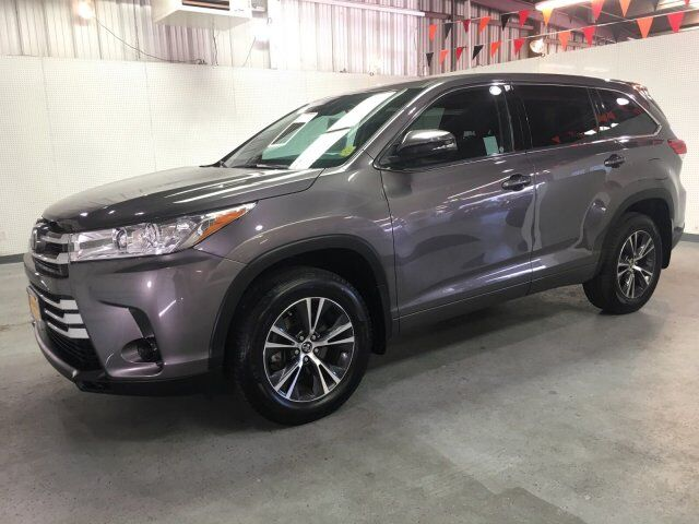 2018 Toyota Highlander LE Oroville CA