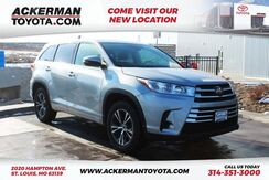 2018_Toyota_Highlander_LE_ St. Louis MO
