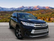 2018_Toyota_Highlander_LE_ Trinidad CO