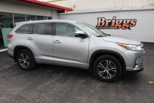2018 Toyota Highlander LE V6 AWD Fort Scott KS