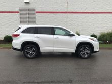 2018_Toyota_Highlander_LE V6 FWD_ Decatur AL