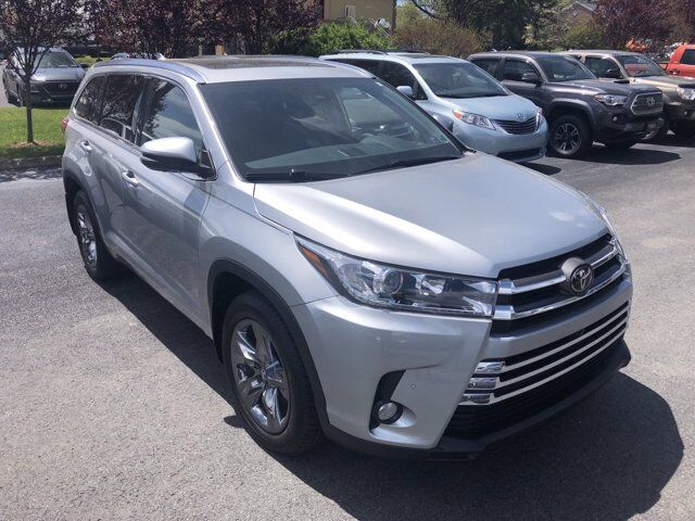 2018 Toyota Highlander Limited Platinum State College PA