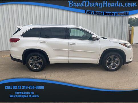 2018_Toyota_Highlander_Limited Platinum_ West Burlington IA