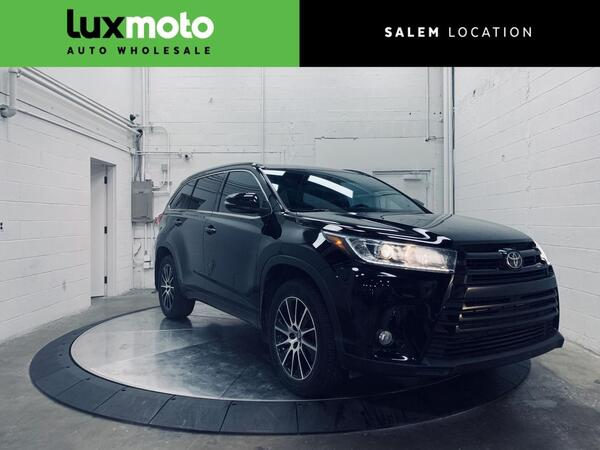 2018_Toyota_Highlander_SE AWD 7-Passenger Backup Camera_ Salem OR
