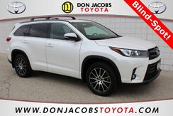 2018_Toyota_Highlander_SE_ Milwaukee WI