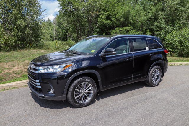 2018 Toyota Highlander XLE Brewer ME