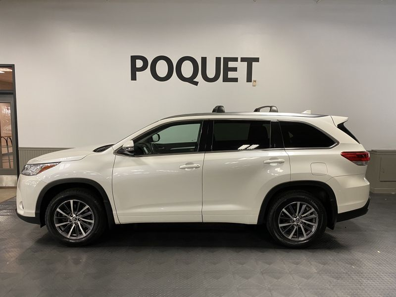 2018 Toyota Highlander XLE Golden Valley MN
