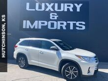 2018_Toyota_Highlander_XLE_ Leavenworth KS